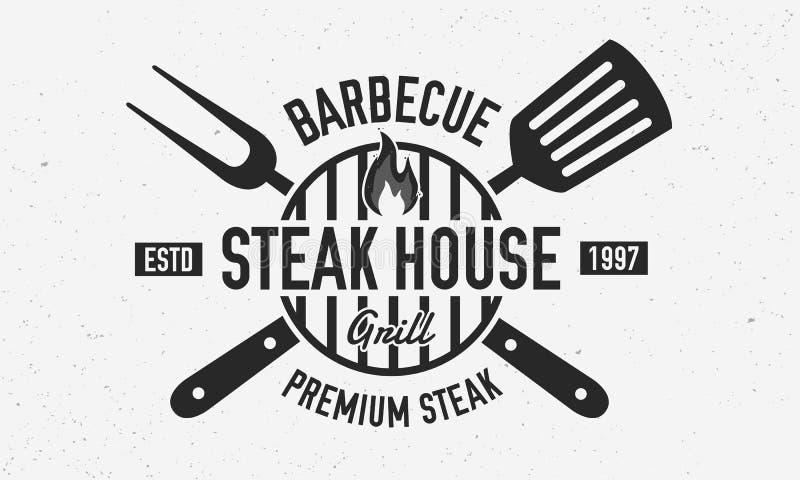 Steakhouse, grill restauracji logo, plakat BBQ modny logo z grilla grillem, szpachelka i grill, rozwidlamy Wektorowy emblemata te royalty ilustracja
