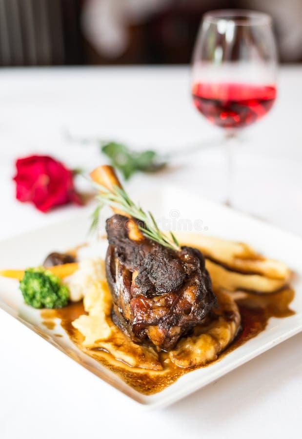 Steaklammschaft lizenzfreies stockfoto