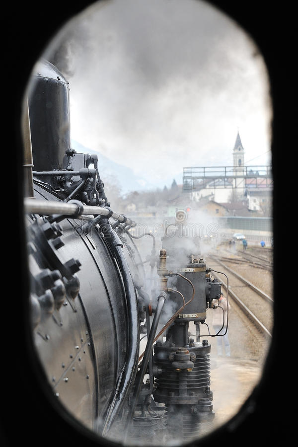Free Steam Train On Railroad Treno A Vapore Royalty Free Stock Photography - 12323877