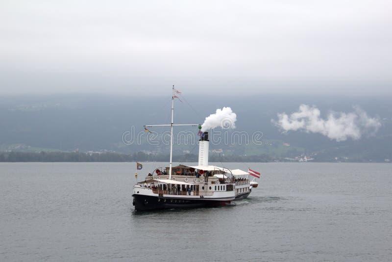 steamboat lizenzfreie stockbilder