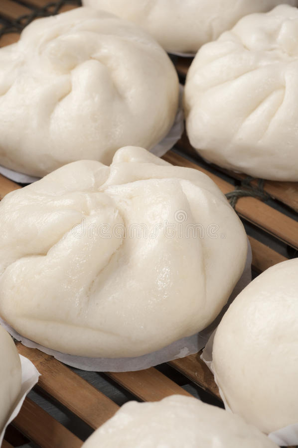 Download Steamed chinese bun stock image. Image of cuisine, bamboo - 27311725