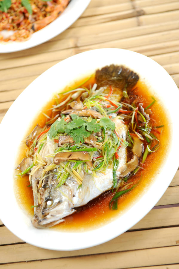 Free Steamed Fish Chinese Style Stock Images - 21247654