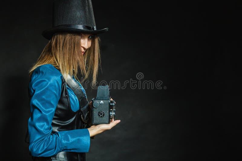 Steampunk com a câmera retro velha imagens de stock