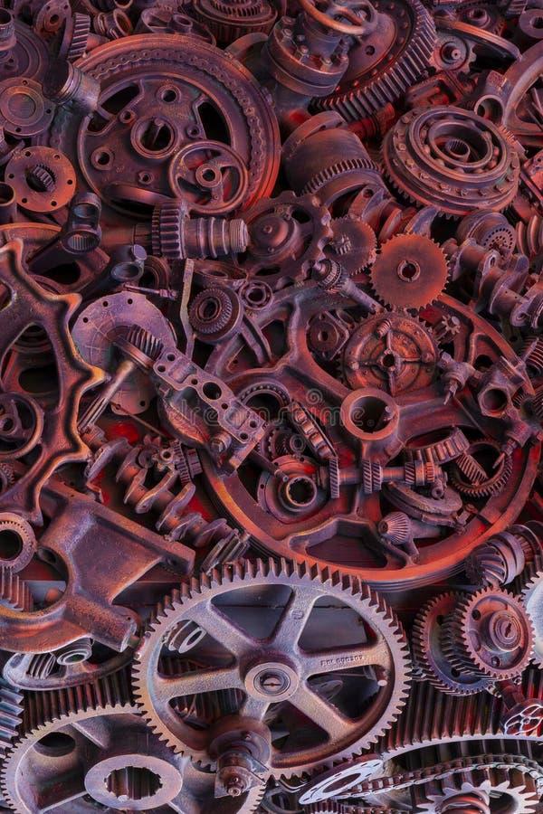 Steampunk-Hintergrund, Maschinenteile, große Gänge und Ketten von den Maschinen und von den Traktoren stockbild