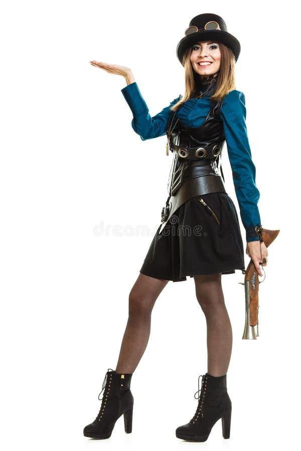 Steampunk-Mädchen mit Gewehr lizenzfreie stockfotografie