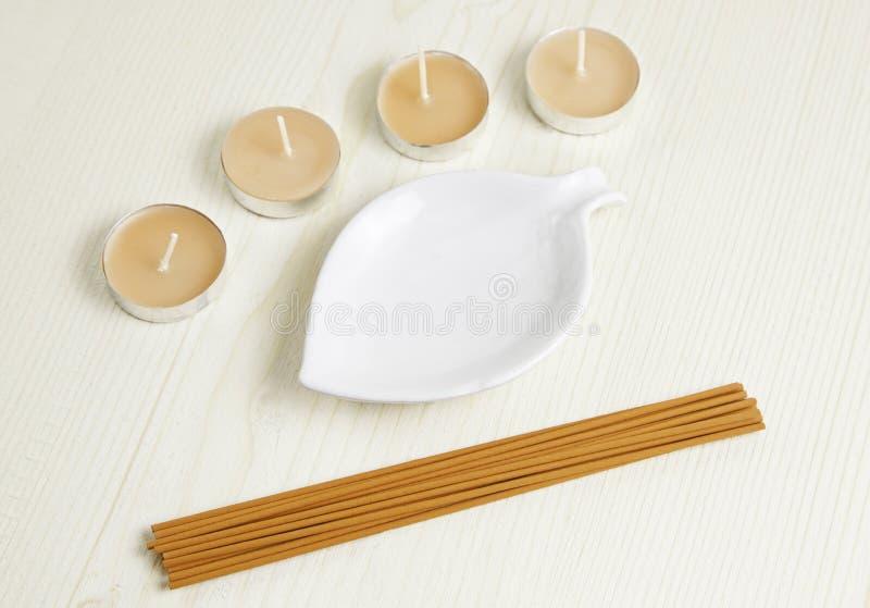 Stearinljus och Aromatherapy arkivbilder