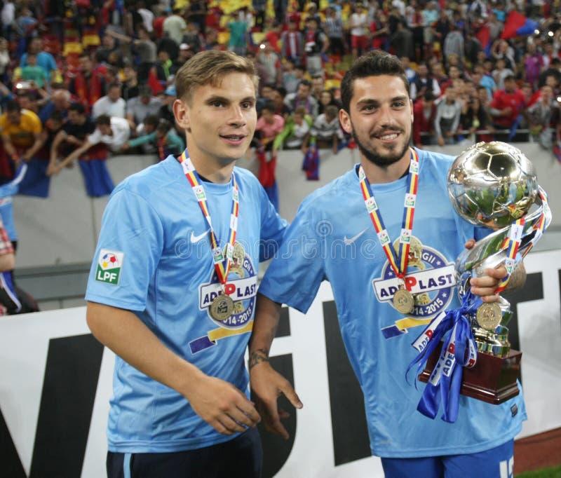 Steaua Bucarest gana la taza de la liga de Rumania imagenes de archivo