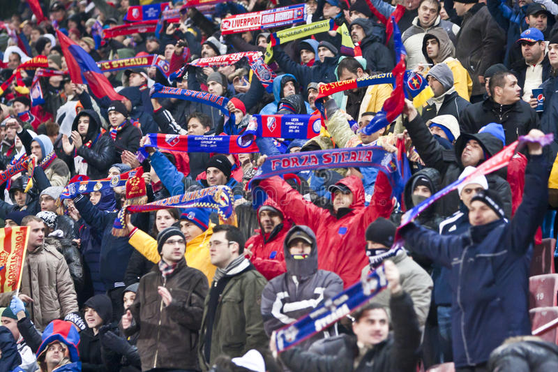 Steaua Bucareste - Liverpool FC (LIGA do EUROPA) foto de stock royalty free