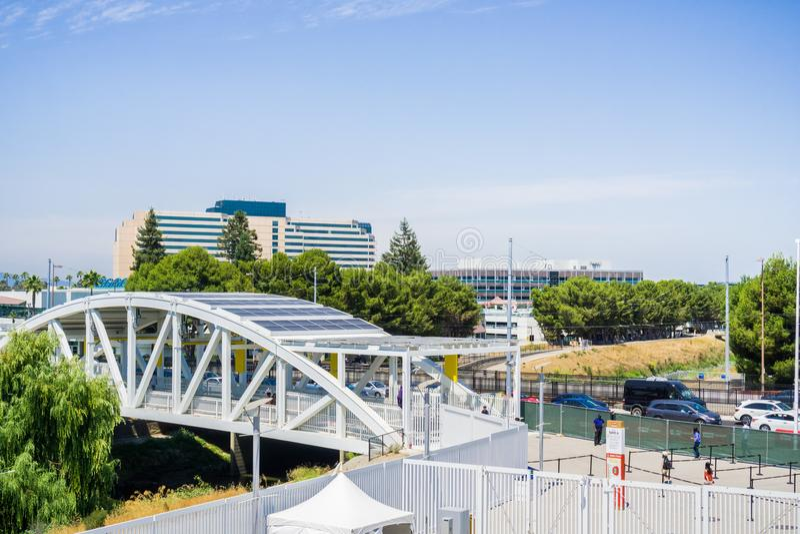Stedelijk landschap in Silicon Valley, Santa Clara, Californië stock afbeelding