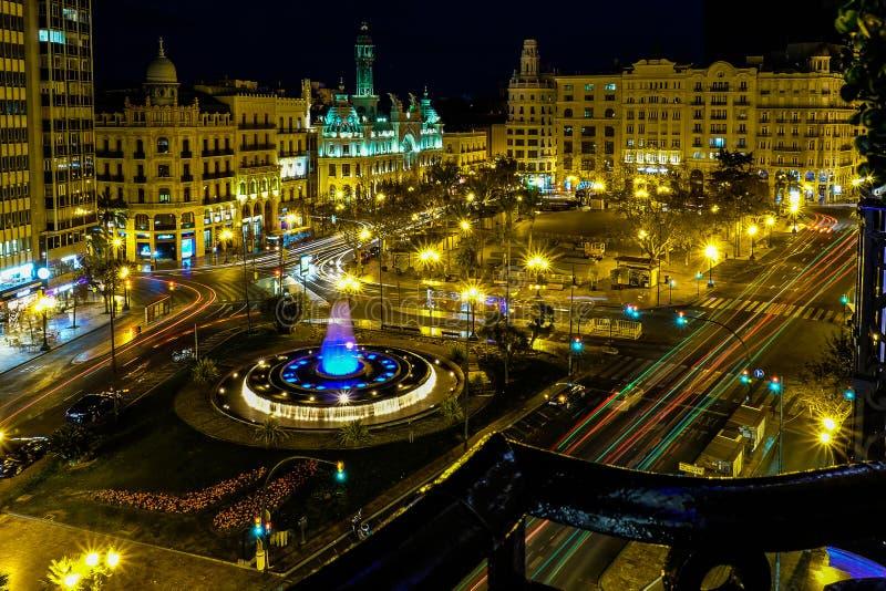 Stedelijk Valencia Nighttime Cityscape, Spanje stock afbeelding