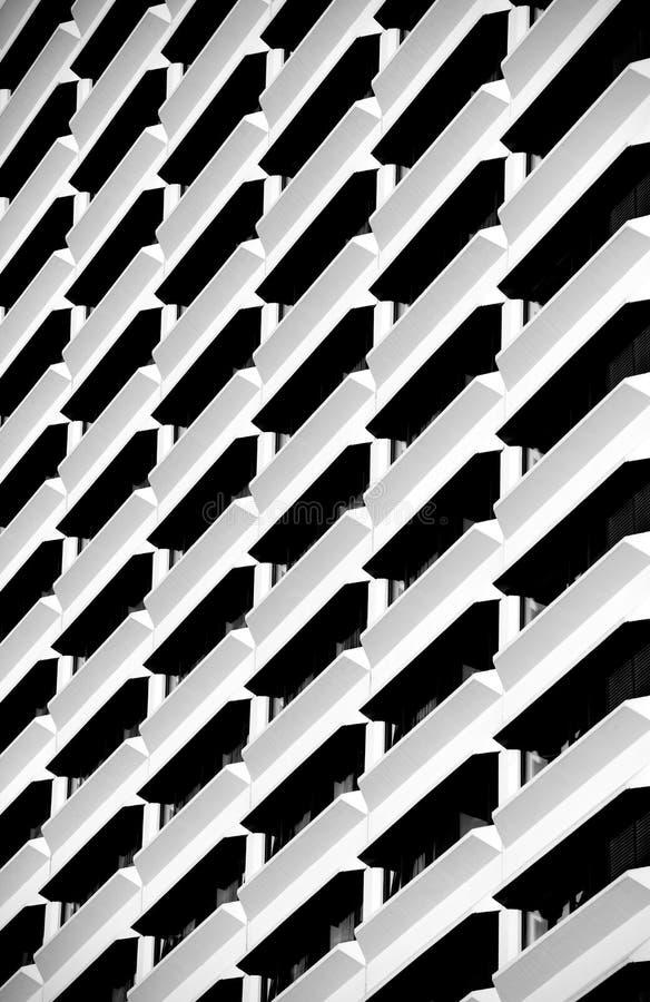 Stedelijke bouw, architectuurdetails en fragment in zwart-witte, architectuursamenvatting in B&W, stedelijke creatives, architec royalty-vrije stock foto
