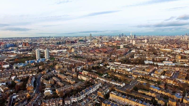 Stedelijke Cityscape Clapham van Londen en de Luchtmening van Battersea royalty-vrije stock foto's