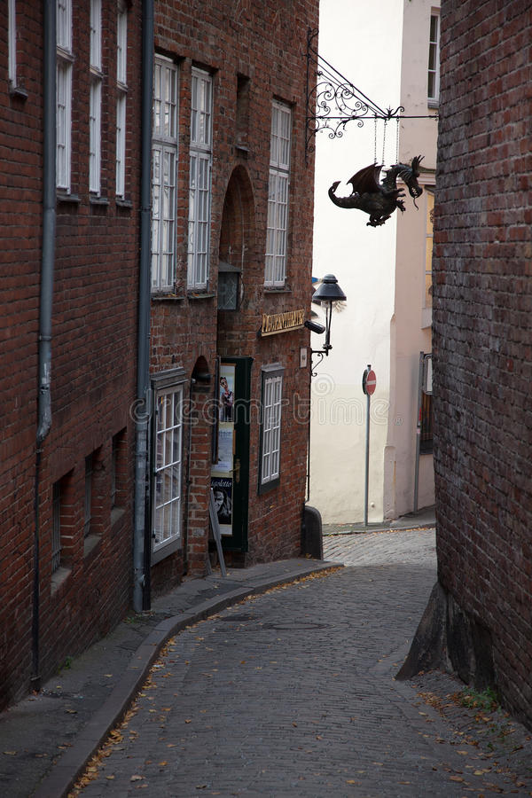 Stedelijke scène in de historische oude stad van Lübeck, Duitsland royalty-vrije stock foto