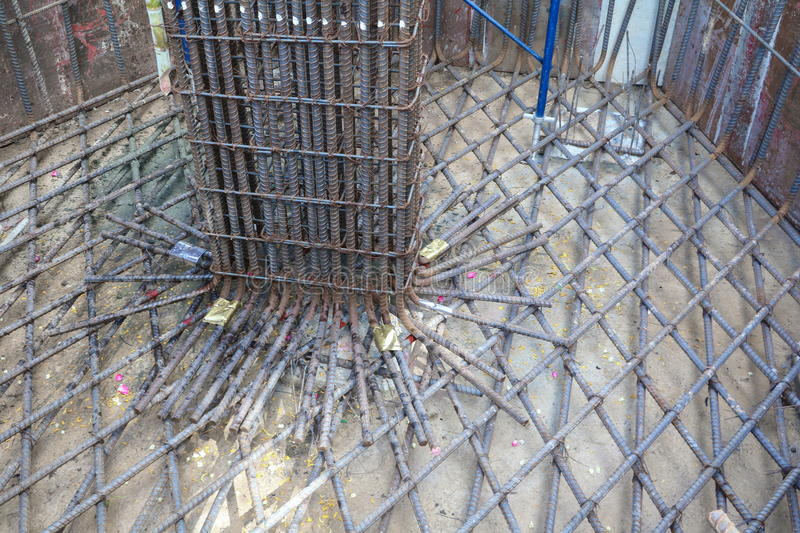 Steel Bars For Reinforced Concrete Column In Construction