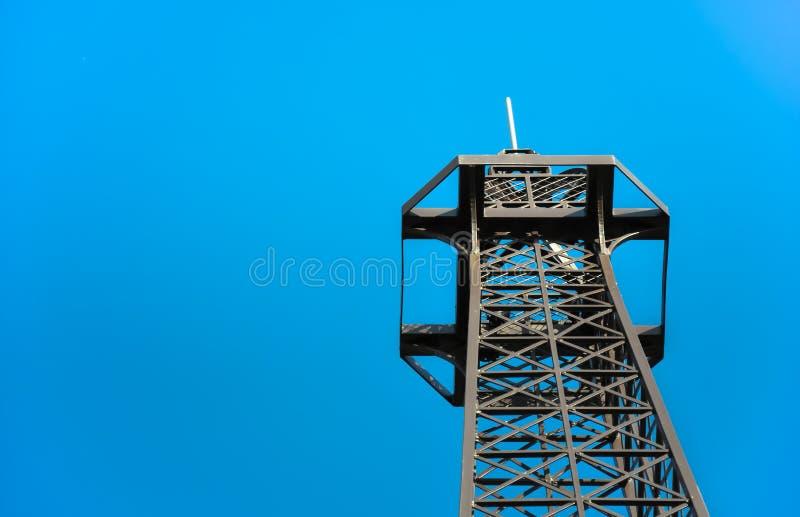 Steel telecommunication tower top