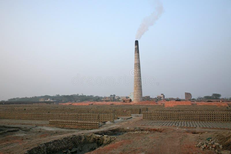 Steenbakkerij in Sarberia, West-Bengalen, India royalty-vrije stock fotografie