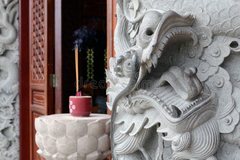 Steendraak in Po Lin Monastery, Hong Kong royalty-vrije stock afbeeldingen