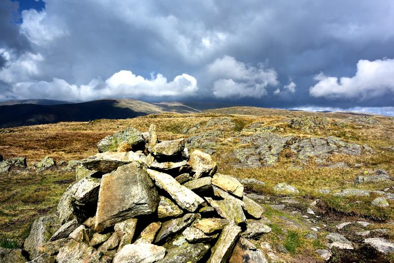 Steenhoop op Grey Crag stock afbeelding