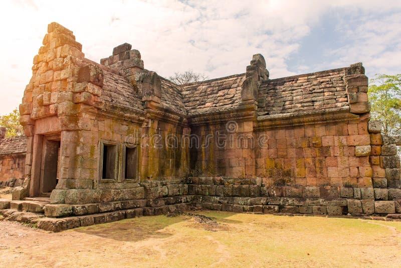 Steenkasteel in de sport Historisch Park van Prasat Hin Phanom, Thailand stock fotografie