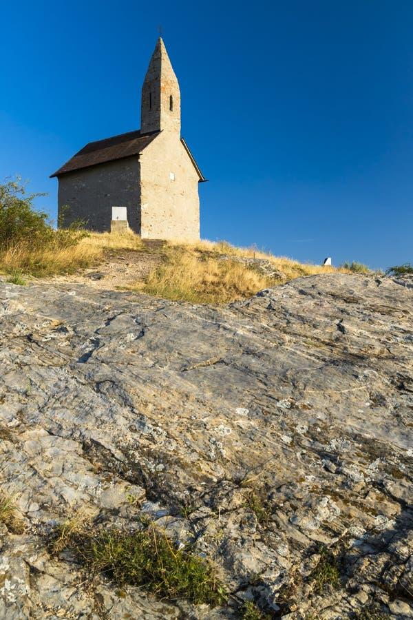Steenkerk van Drazovce bij Nitra, Slowakije, Europa royalty-vrije stock afbeeldingen