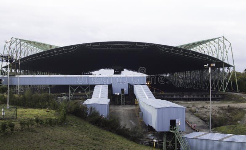 Steenkool behandelde silo royalty-vrije stock fotografie