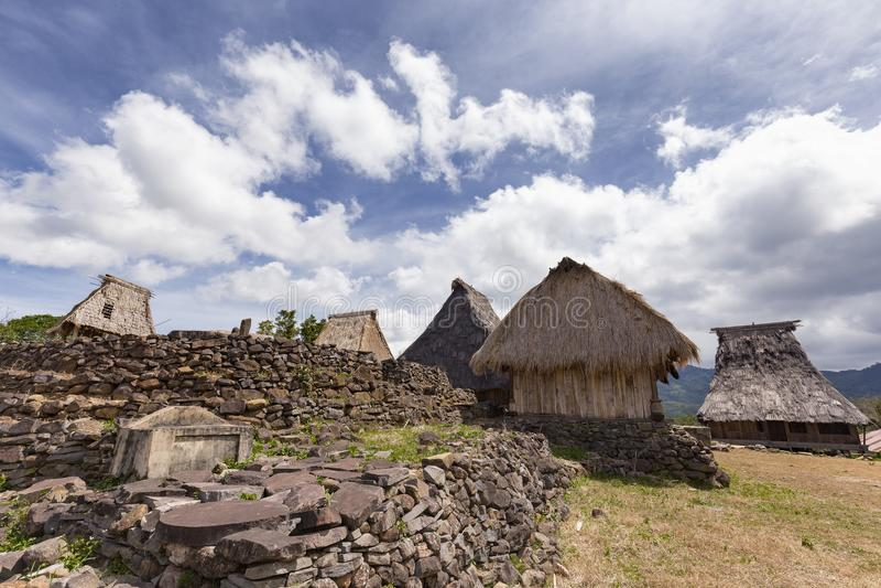 Steenmuur en traditionele huizen royalty-vrije stock foto's