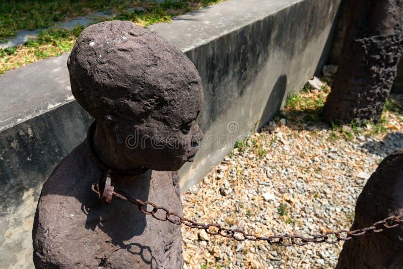 STEENstad, ZANZIBAR - JANUARI 9, 2015: Monument van slaven aan slachtoffers van de slavernij royalty-vrije stock foto's