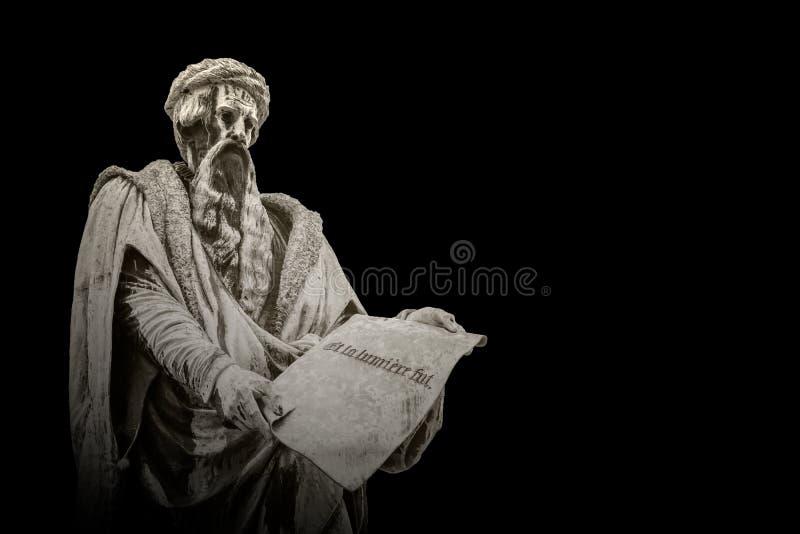 Steenstandbeeld van Johannes Gutenberg stock afbeeldingen