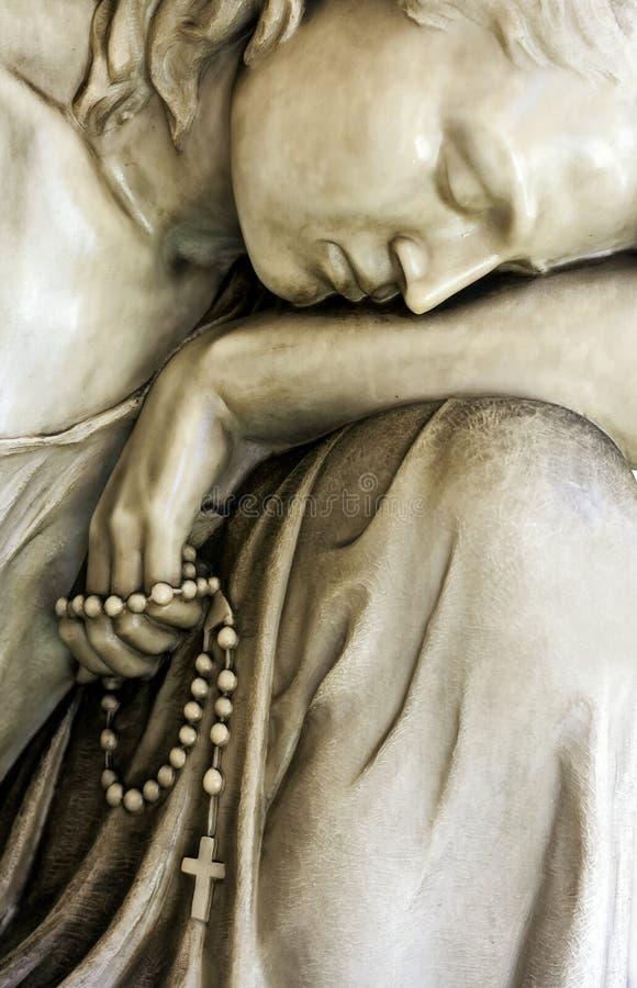 Steenstandbeeld van Maagdelijke Mary stock foto's