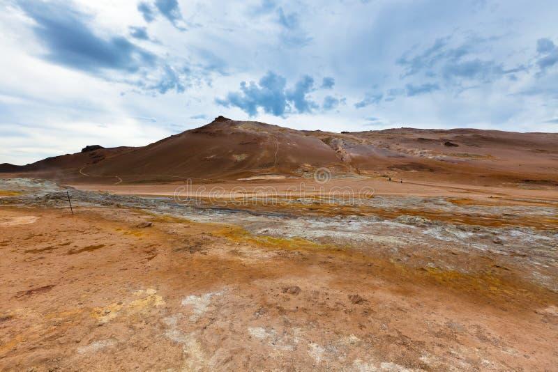Steenwoestijn bij Geothermisch Gebied Hverir, IJsland royalty-vrije stock foto's