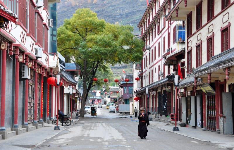 Steet dans la ville de Songpan photos stock