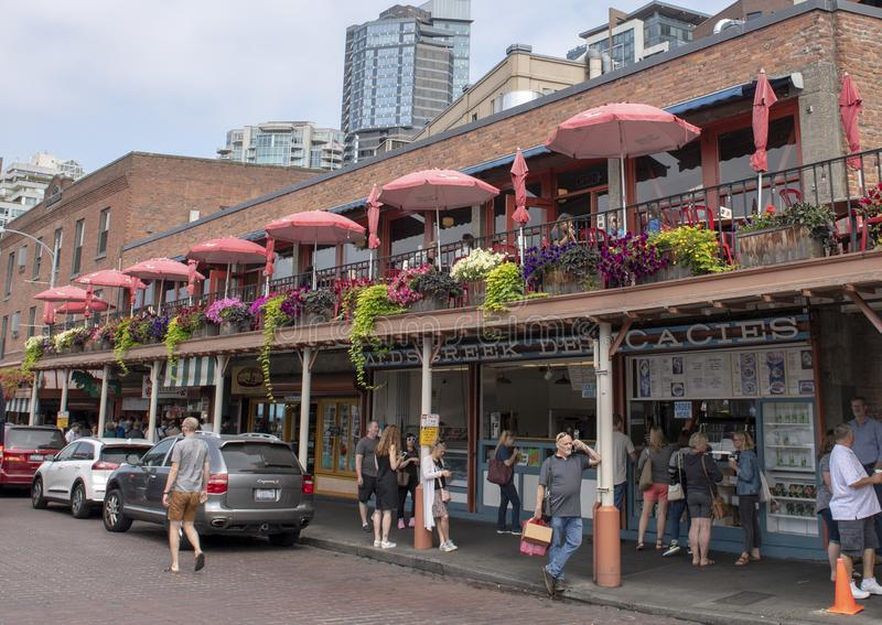 Steet no mercado de lugar de Pike, Seattle, Washington imagem de stock royalty free