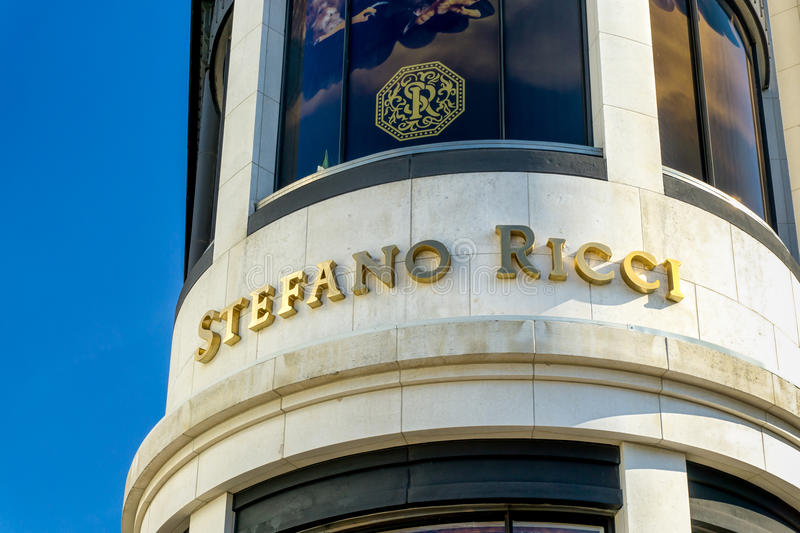Stefano Ricci Retail Store Exterior. BEVERLY HILLS, CA/USA - JANUARY 3, 2015: Stefano Ricci retail store exterior. Stefanno Ricci specializes in luxury mens stock photography