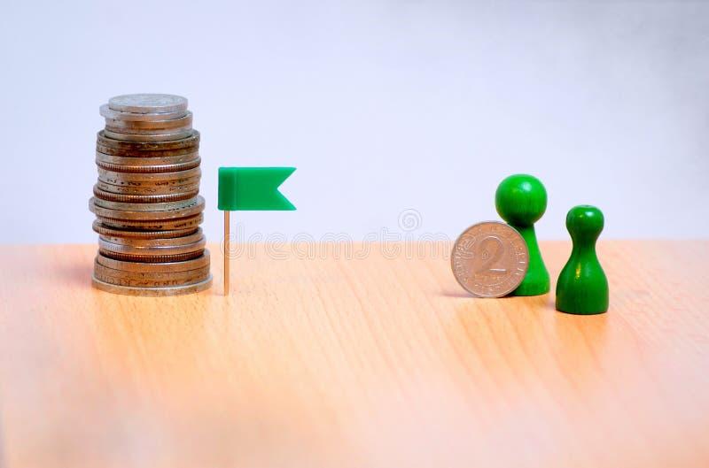 Steg-för-steg besparingar planerar för att uppnå mitt finansiella mål royaltyfri fotografi