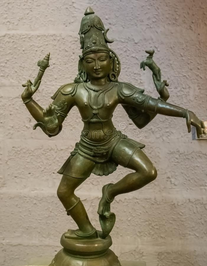 Stehende Shiva Sculpture India lizenzfreie stockfotos