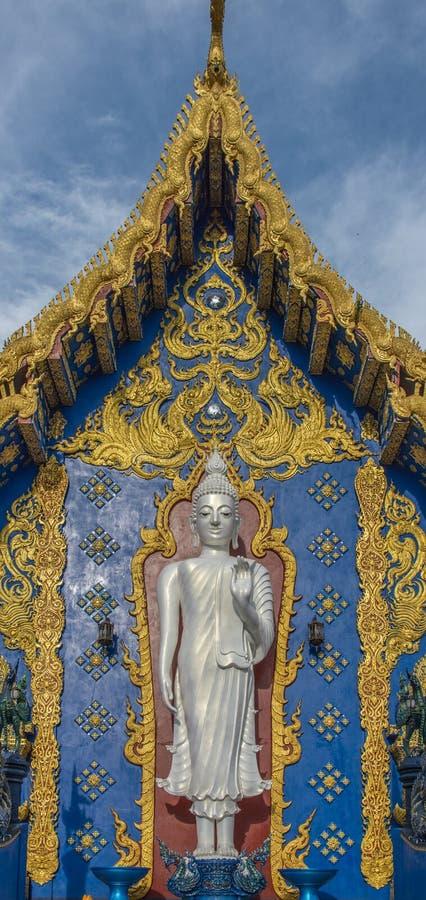 Stehender weißer Buddha lizenzfreies stockfoto