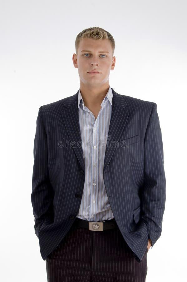 Stehender weißer Geschäftsmann lizenzfreies stockfoto