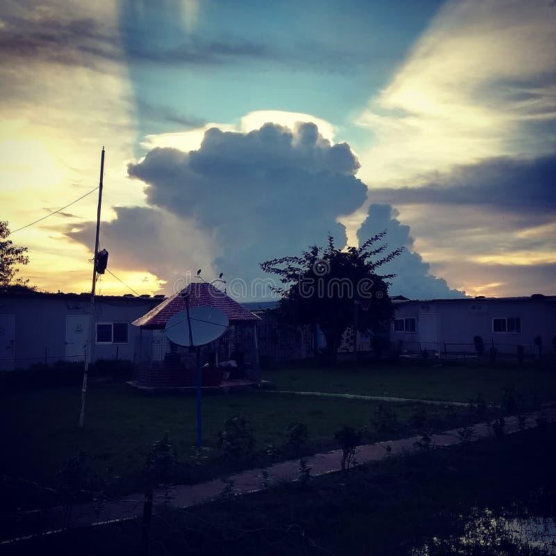 Steigen in den Himmel stockfotos