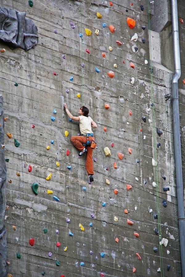 Steigende Wand lizenzfreie stockfotografie