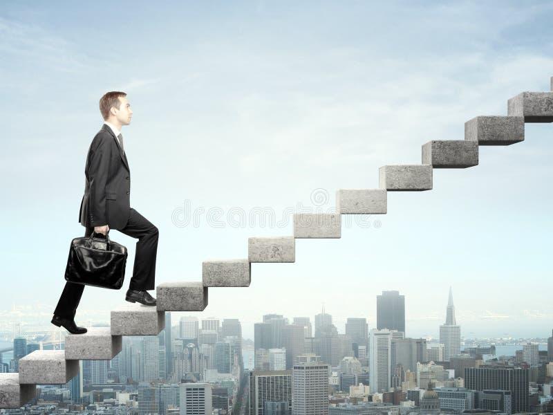 Steigerung eines Treppenhauses stockbild