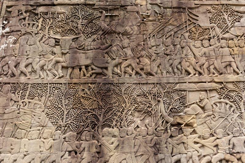 Stein des alten Tempels schnitzte auf der Wand in Tempel Angkor Wat Bayon stockfotos