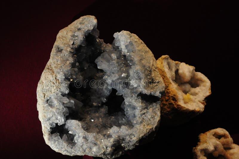 Stein-minerale Edelstein mit Funkeln lizenzfreie stockbilder