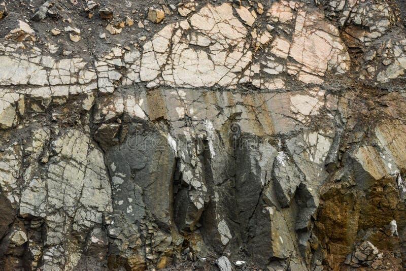 Am Steinbruchkies-Kalksteinmaterial stockfoto