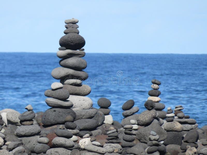 Download Steine stockbild. Bild von auszug, ozean, schön, wolken - 96931165