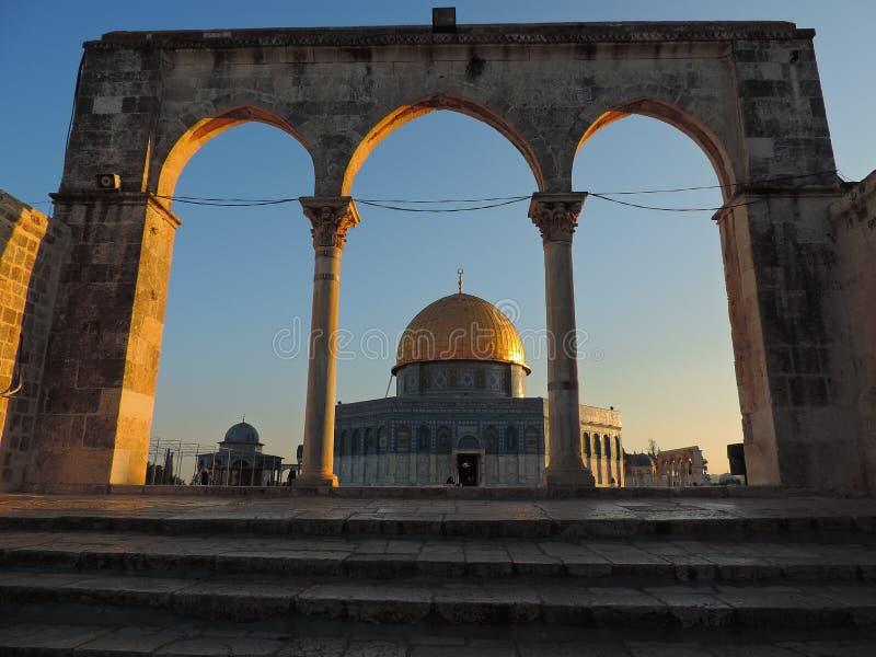 Steineingang und goldenes Grab der Al-Aqsamoschee, Jerusalem stockfoto