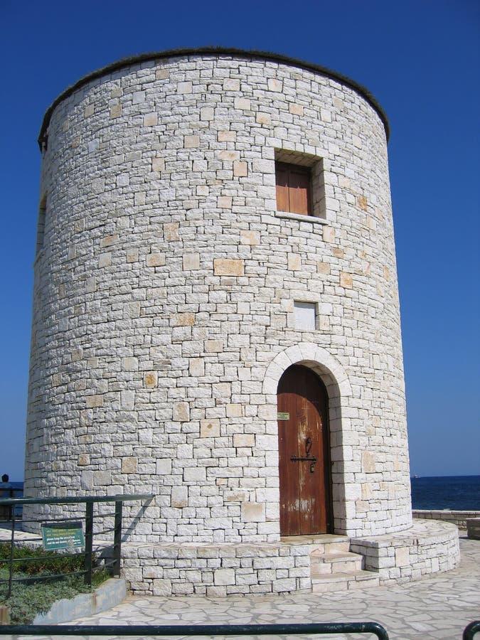 Download Steinkontrollturm stockbild. Bild von europa, außen, himmel - 9097899
