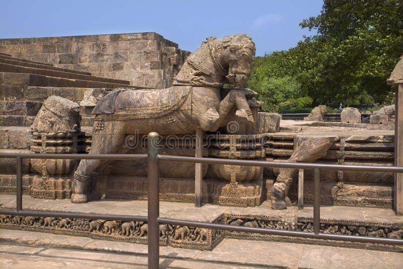 Steinpferd Chariot des Sun-Tempels stockfotos