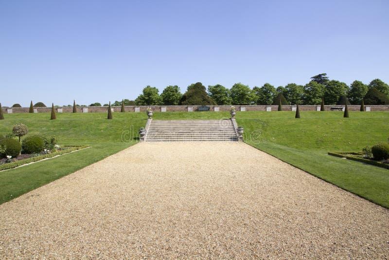 Steinschritte bei Hampton Court Palace, der ursprünglich für hauptsächlichen Thomas Wolsey 1515 errichtet wurde, später stockbilder