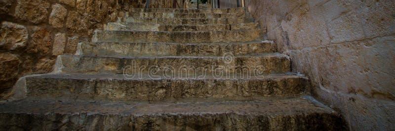 Steinschritte in Dubrovnik lizenzfreie stockbilder