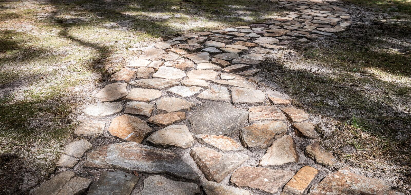 Steinseitenweg lizenzfreies stockbild